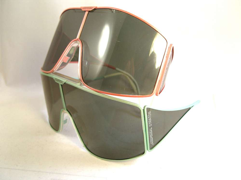 c777be2899a6cb Alpina Stratos vintage sunglasses. Green metallic metal frame. Dark lenses.  Produced in the 80s in Germany.